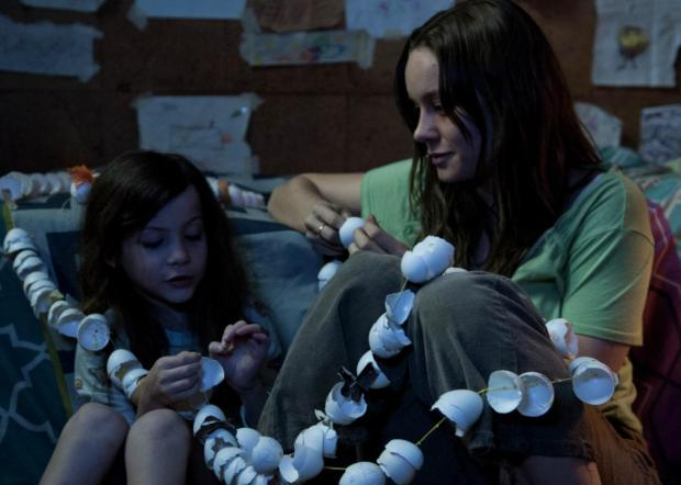 Room Movie Review 2015 Brie Larson